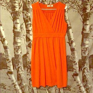 2/15$ Bright orange sleeveless dress